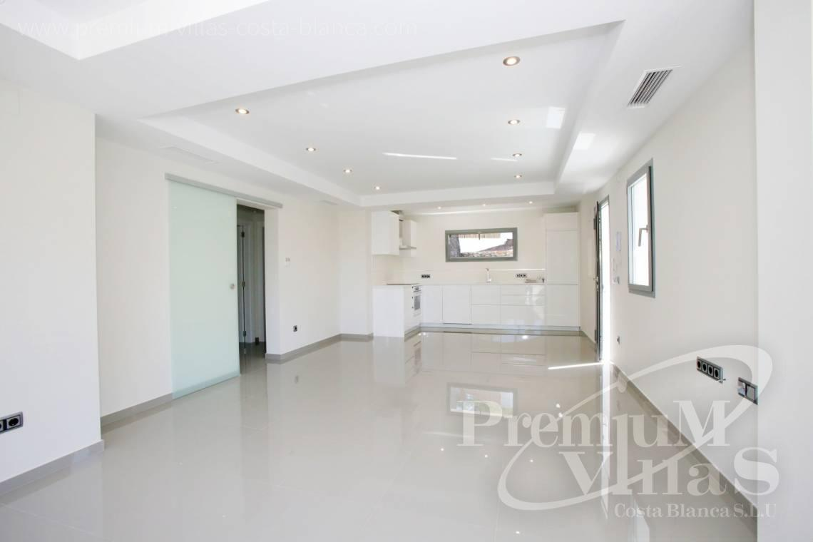 - C2451 - Modern house with sea views in Moraira 10