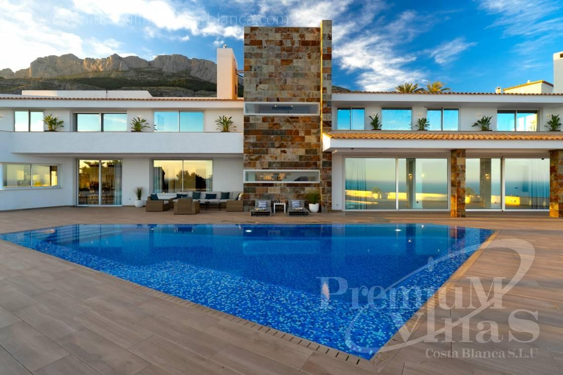 Buy luxury villa in Altea Costa Blanca - C2316 - Modern luxury villa with sea views in Altea 8