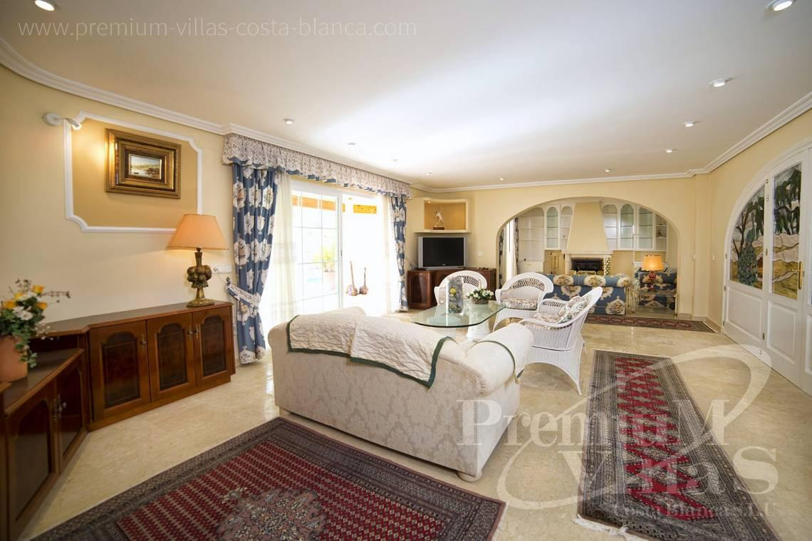 - C2028 - Beautiful and spacious villa with sea and mountain views 12