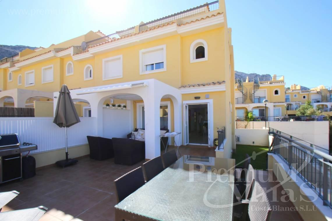 Buy bungalow in Calpe urb Montesol Costa Blanca - C2091 - Corner Bungalow in Urb. Montesol in Calpe 2