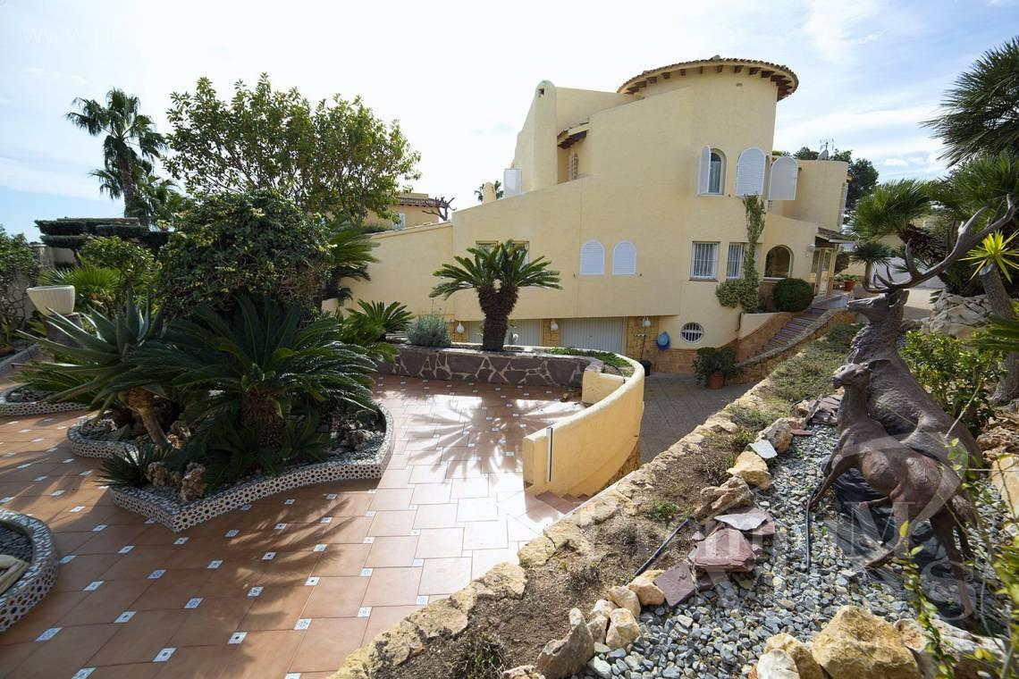 - C2028 - Beautiful and spacious villa with sea and mountain views 22