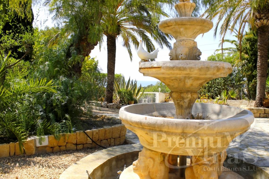 - C2162 - Villa in Altea with guest apartment and sea views 26