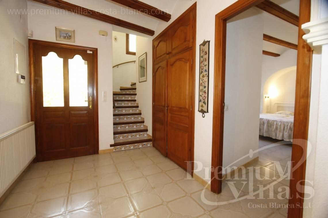 - C2162 - Villa in Altea with guest apartment and sea views 12