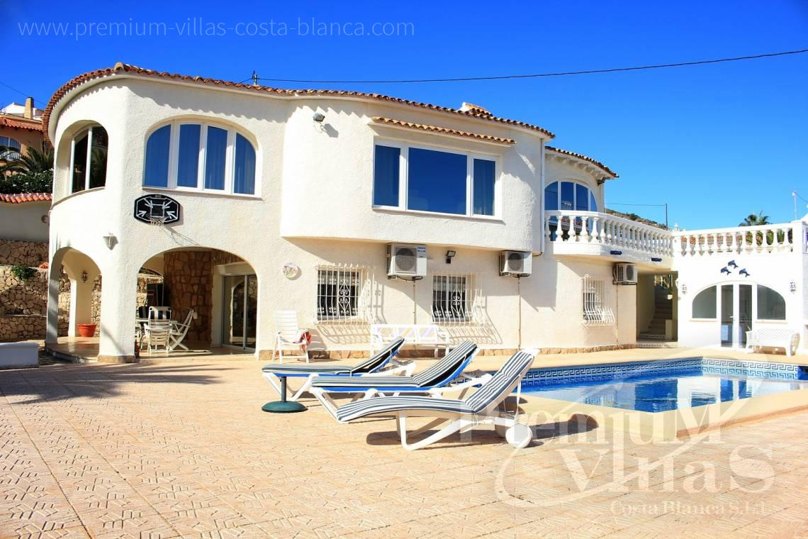 C1984 - Villa for sale close to the beach with a guest apartment and nice sea view 4