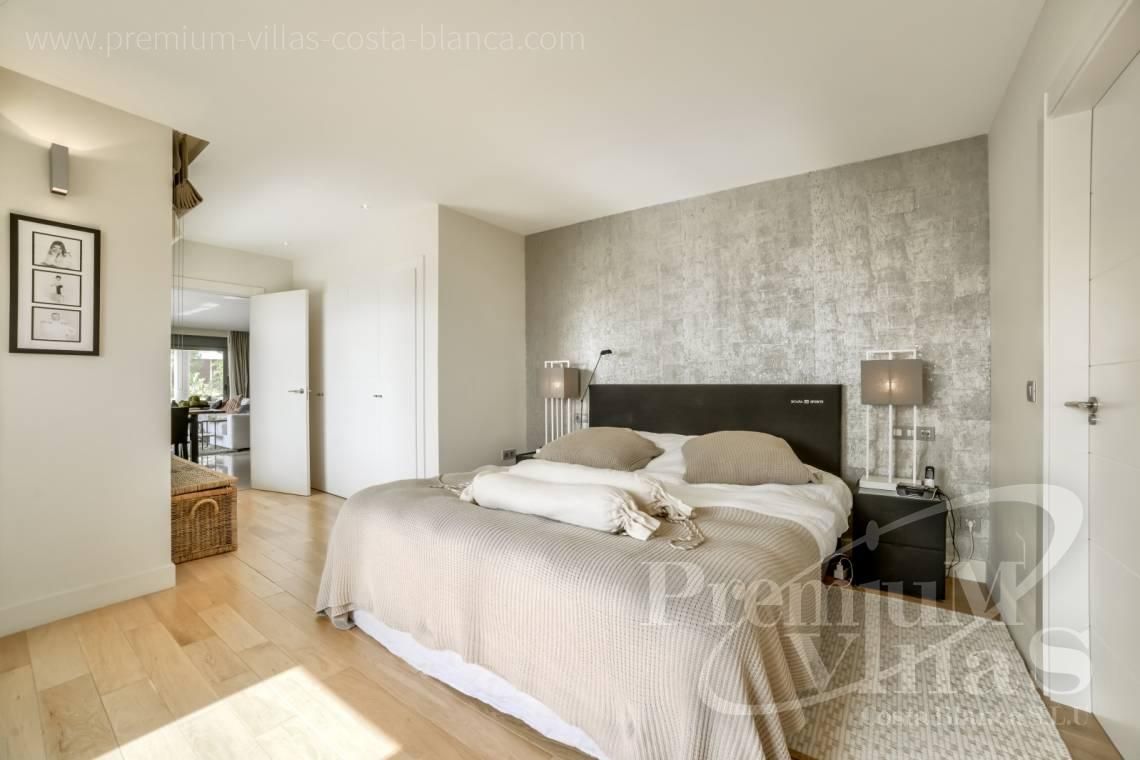 - A0607 - 5 bedroom luxury apartment in residential Mascarat Beach 16