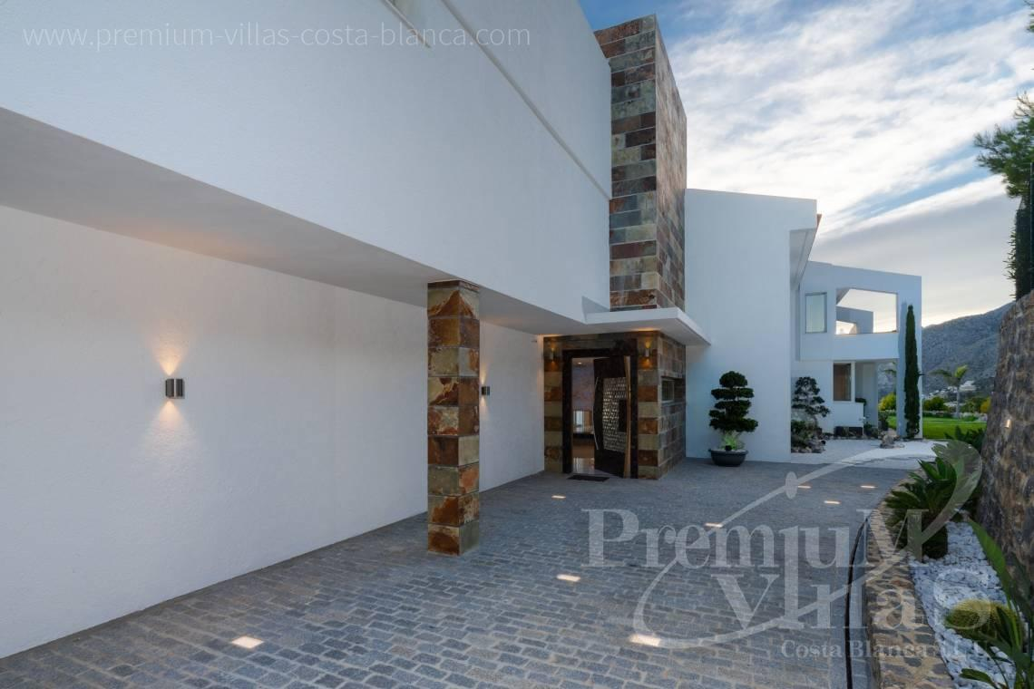 - C2316 - Modern luxury villa with sea views in Altea 6