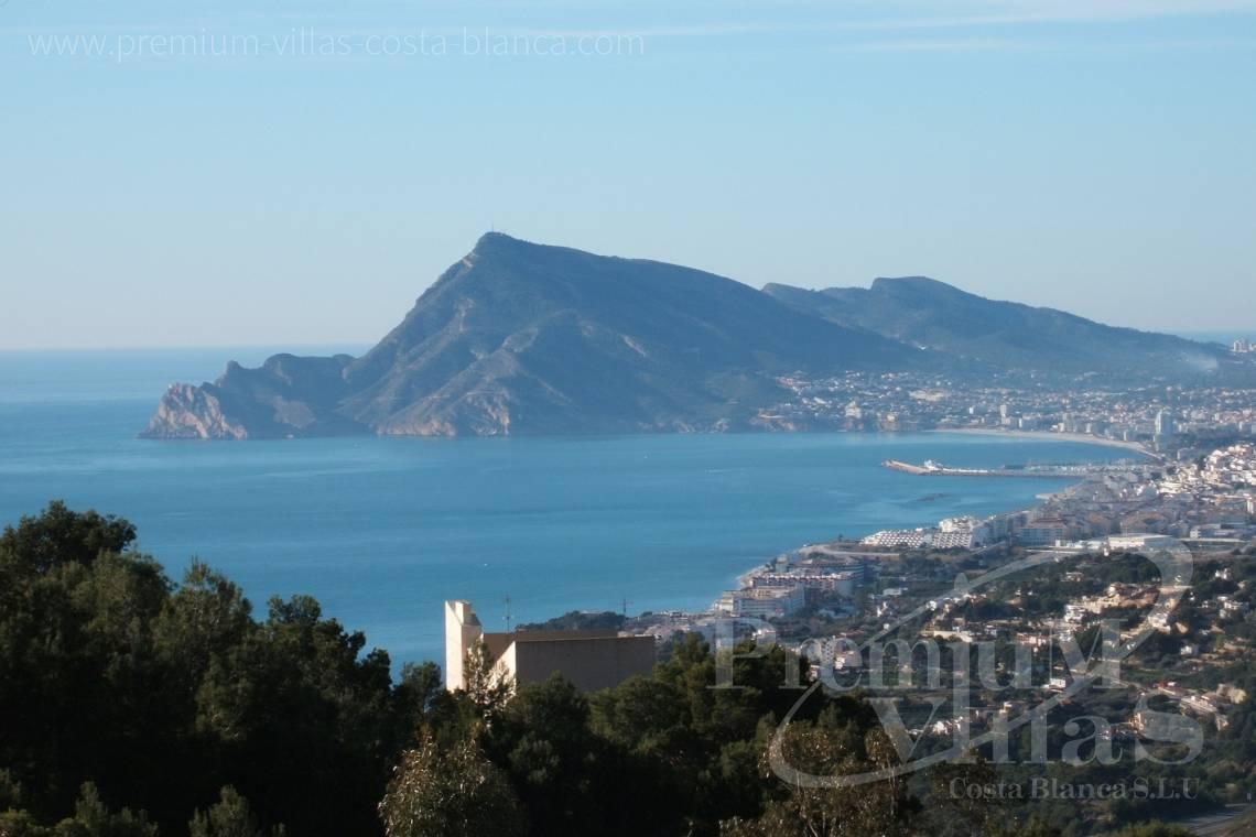 - A0527 - Very spacious apartment with a 162 sqm terrace and fantastic sea views 2