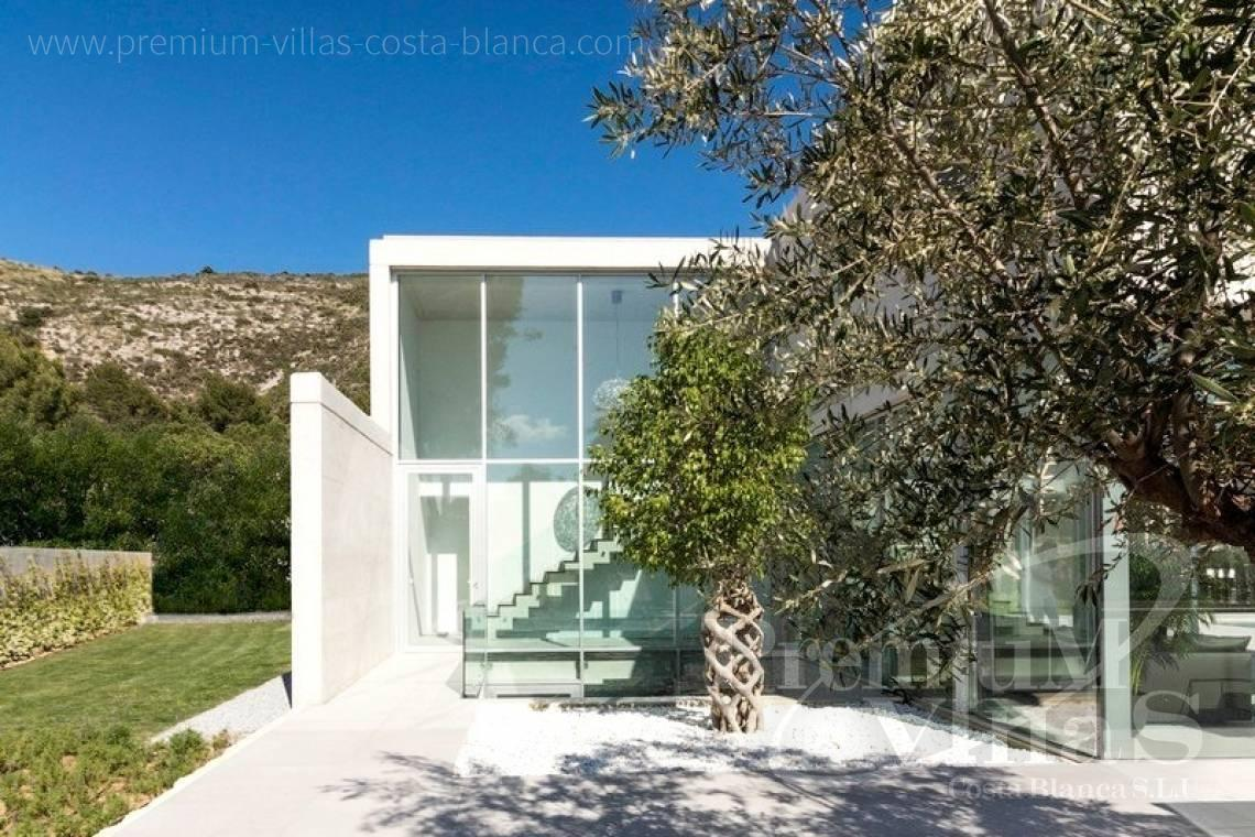 buy property Costa Blanca Spain - C2343 - Modern luxury villa in Moraira 12