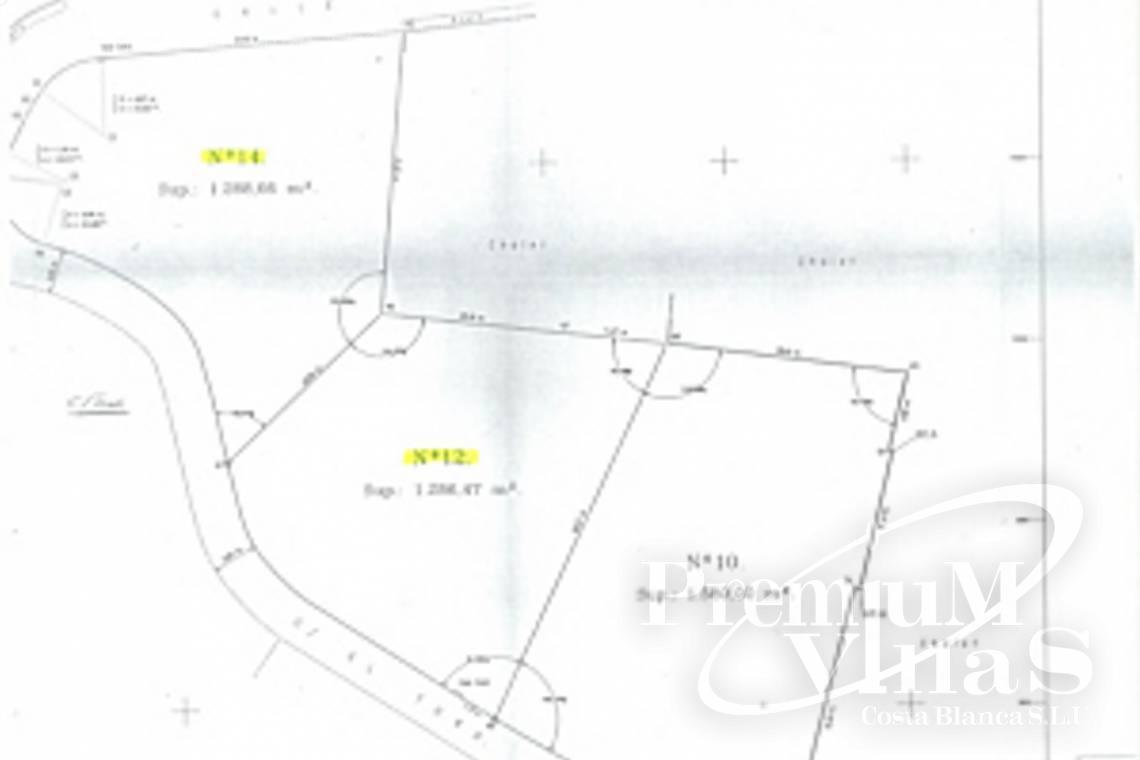 - 0201G - Building plot in a central location and near the sea in Altea 3
