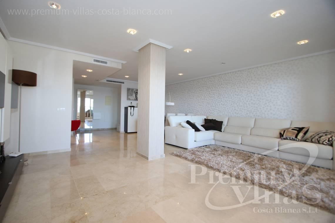 - A0531 - Oasis Beach: Luxurious apartment on the first line of the sea with 2 bedrooms 7
