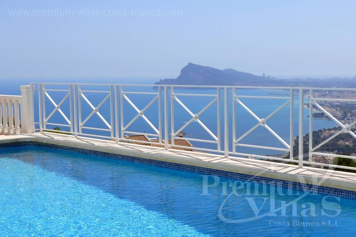 - C1825 - Altea Hills! Modern renovated villa with breathtaking sea views 3
