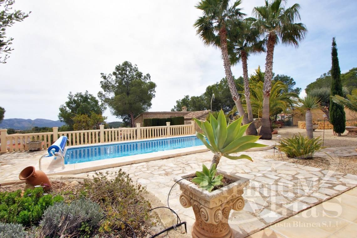 Buy villa house Alfaz del Pi Costa Blanca - C2241 - Villa with guest house in Alfaz del Pí 3