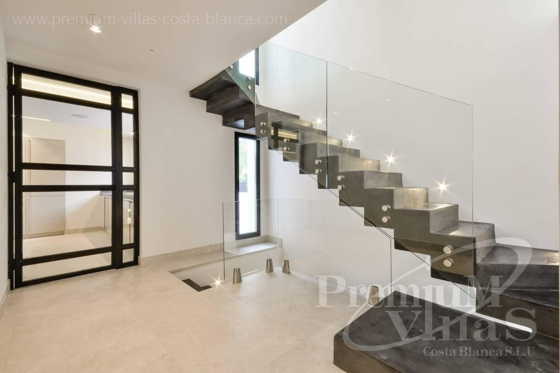 - C2010 - Modern villa with large guest apartment 21