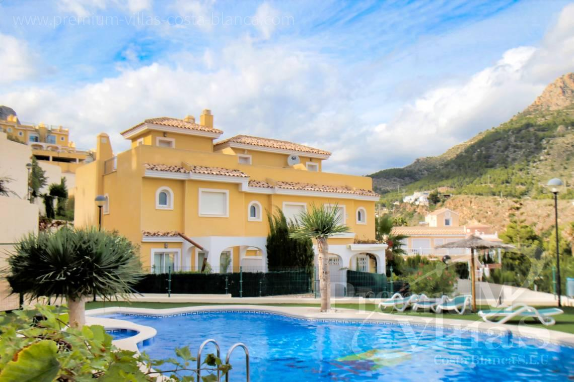 For sale bungalow near the beach in Calpe Costa Blanca - C2279 - Corner terraced house in Montesol urbanization in Calpe 2