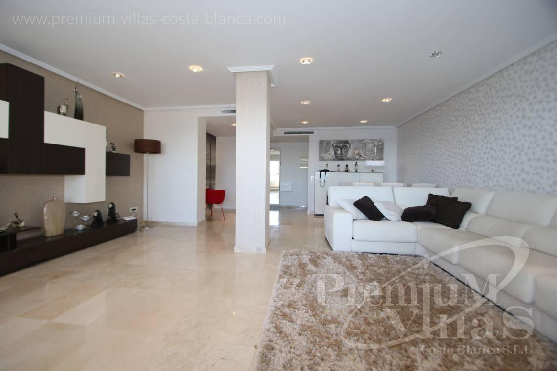 - A0531 - Oasis Beach: Luxurious apartment on the first line of the sea with 2 bedrooms 15
