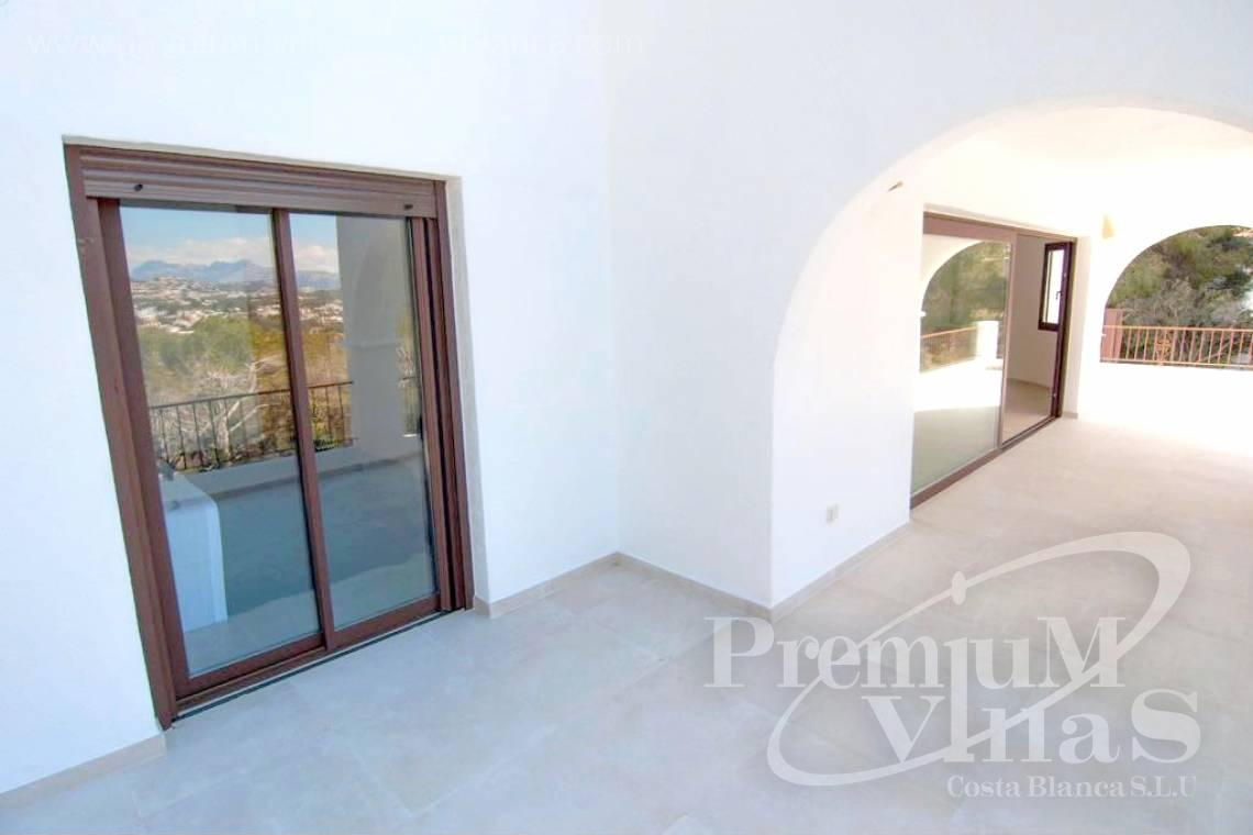 - C2152 - Refurbished house with sea views only 1.700 m from the beach and the centre of Moraira 12