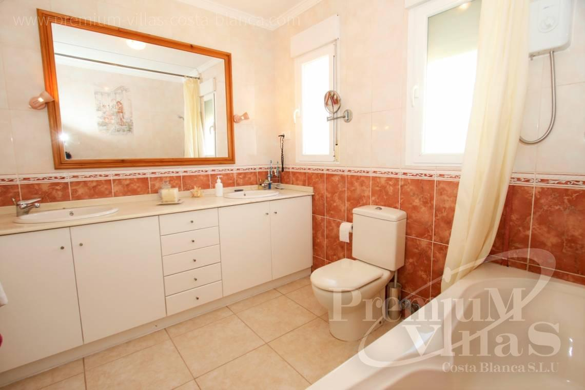 - C2183 - Villa in central urbanization of Calpe close to the beaches and all amenities 13