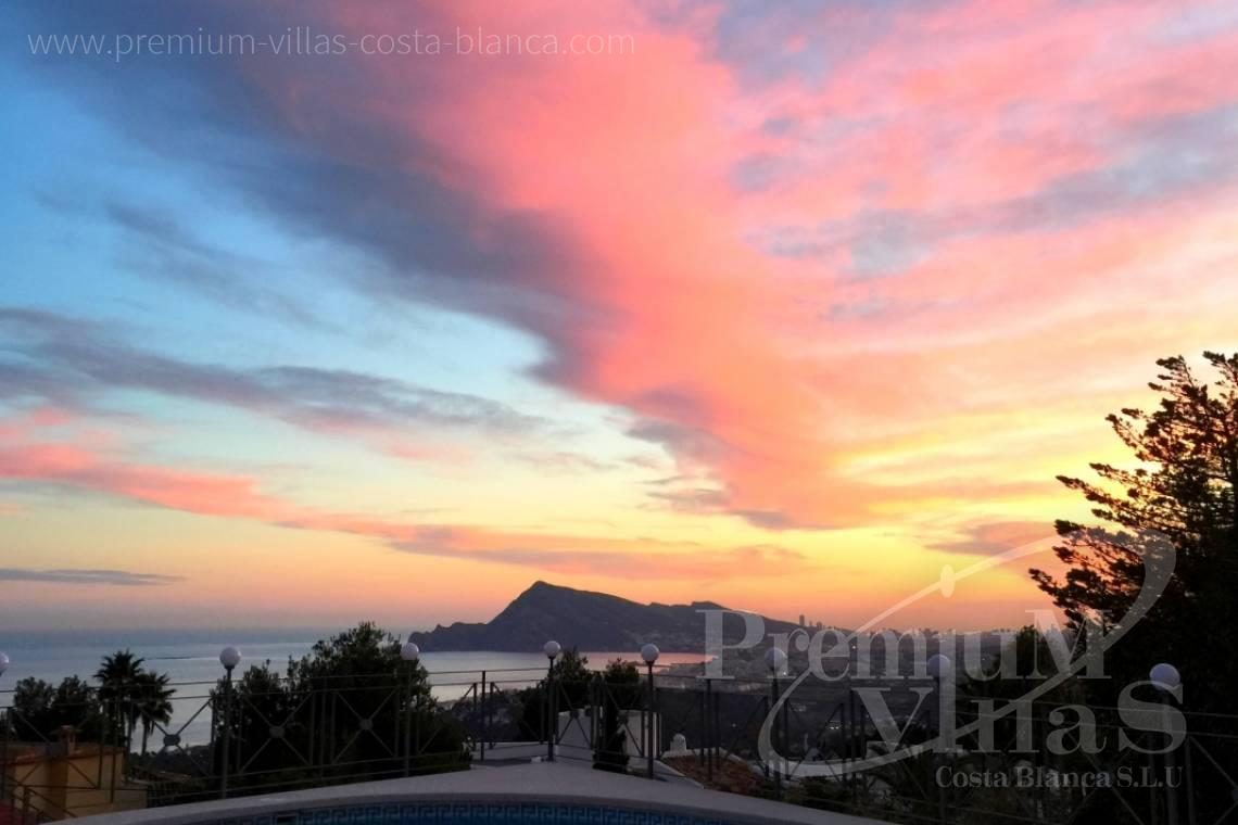 - C2163 - Beautiful villa with guest studio and stunning views over the bay of Altea 28