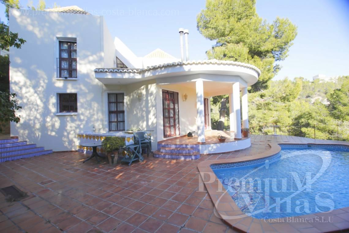 - C2132 - House surrounded by nature with beautiful sea and mountain views in Altea. 4