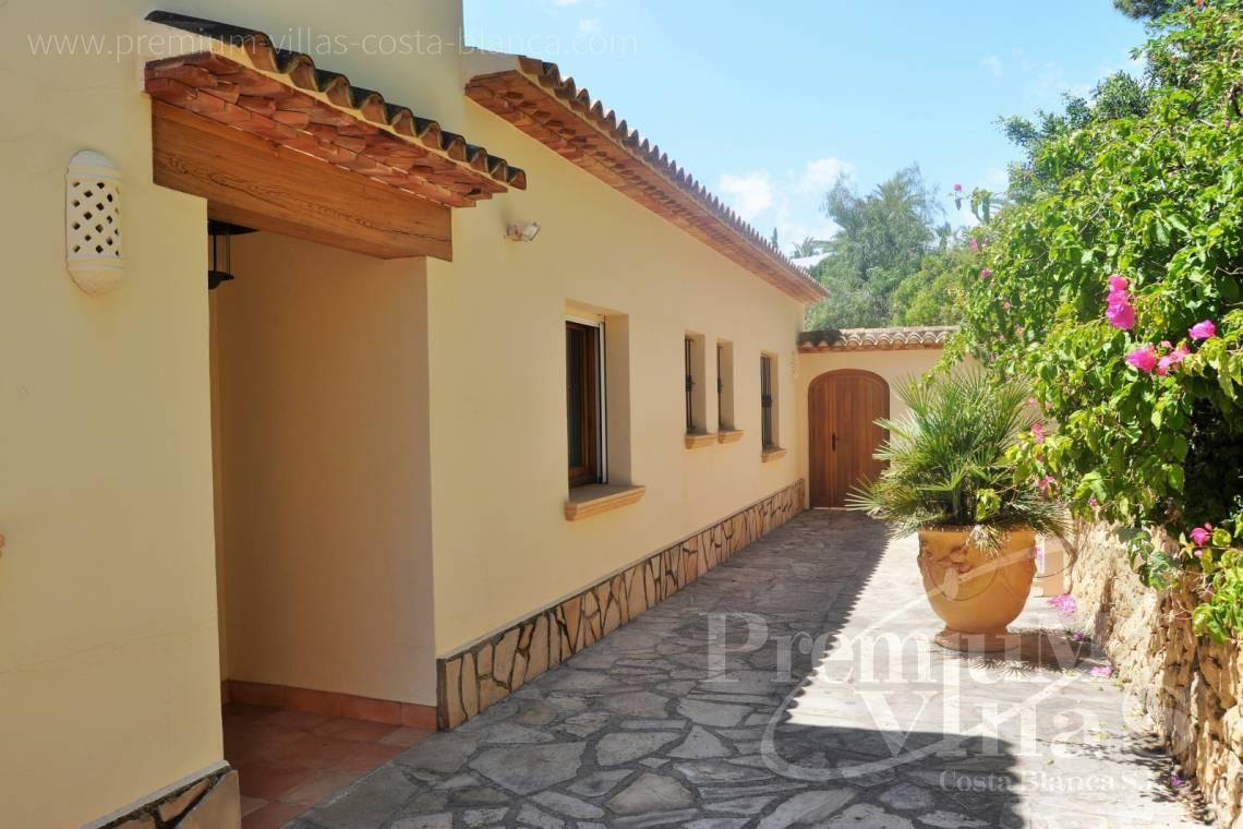 - C2185 - Rustic villa in Benissa with sea views at 1.400m from the beach. 17