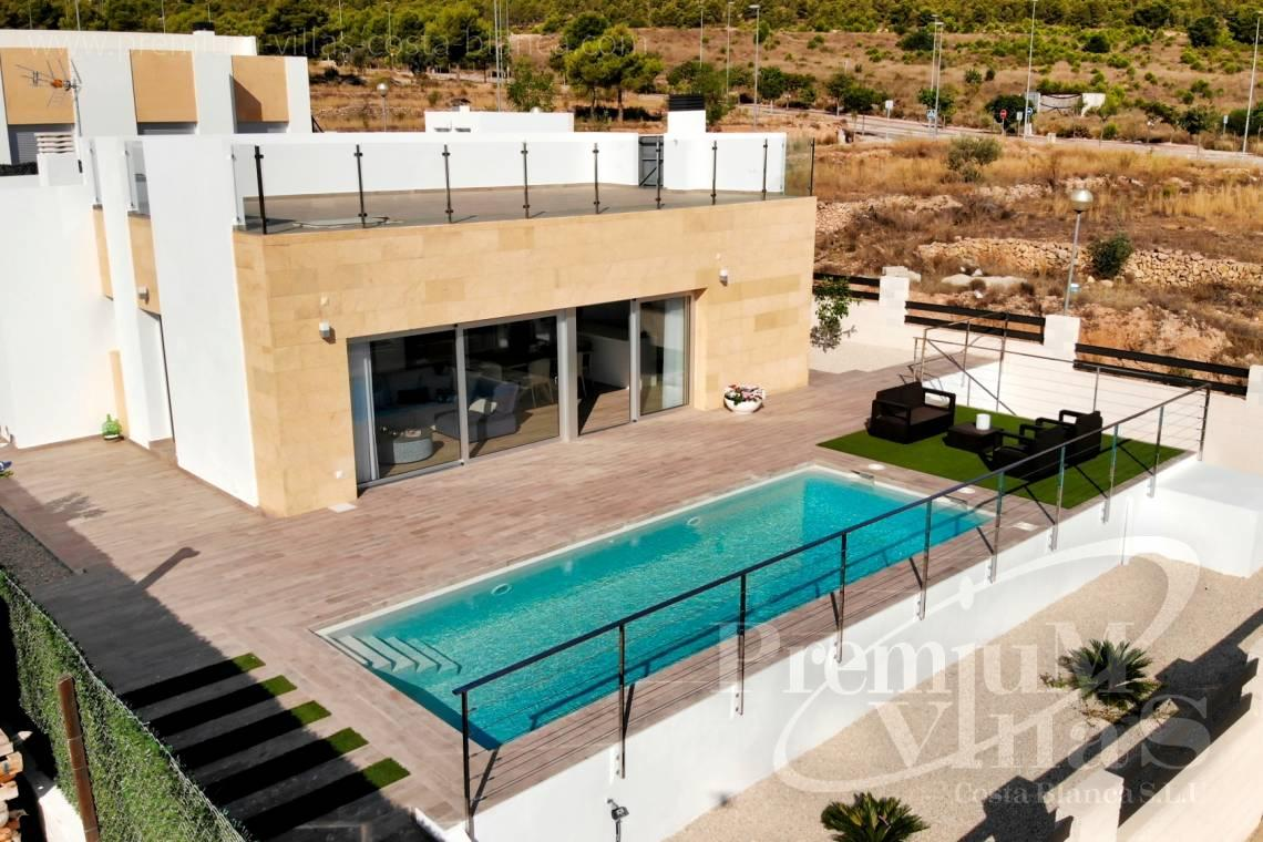 Buy a modern villa on one level in Polop Spain - C1903 - Modern villa with private pool and beautiful mountain views in Polop 2