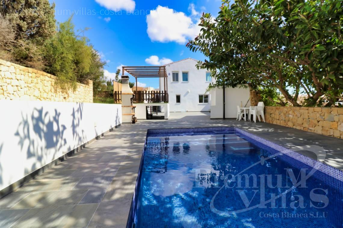 buy villa house Costa Blanca Spain - C2222 - Villa in the centre of Calpe, 200m from the beach 3