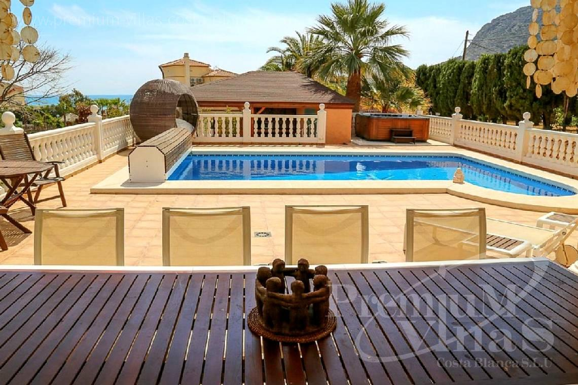 Buy villas houses sea view Altea Calpe Moraira Benissa Costa Blanca - C1849 - Villa located only 200m from the beach and sports harbour in Calpe 3