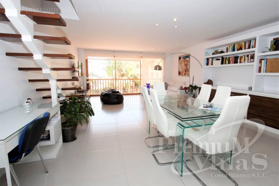 - A0592 - Amazing duplex in Marina Greenwich (Campomanes) with sea views. 14