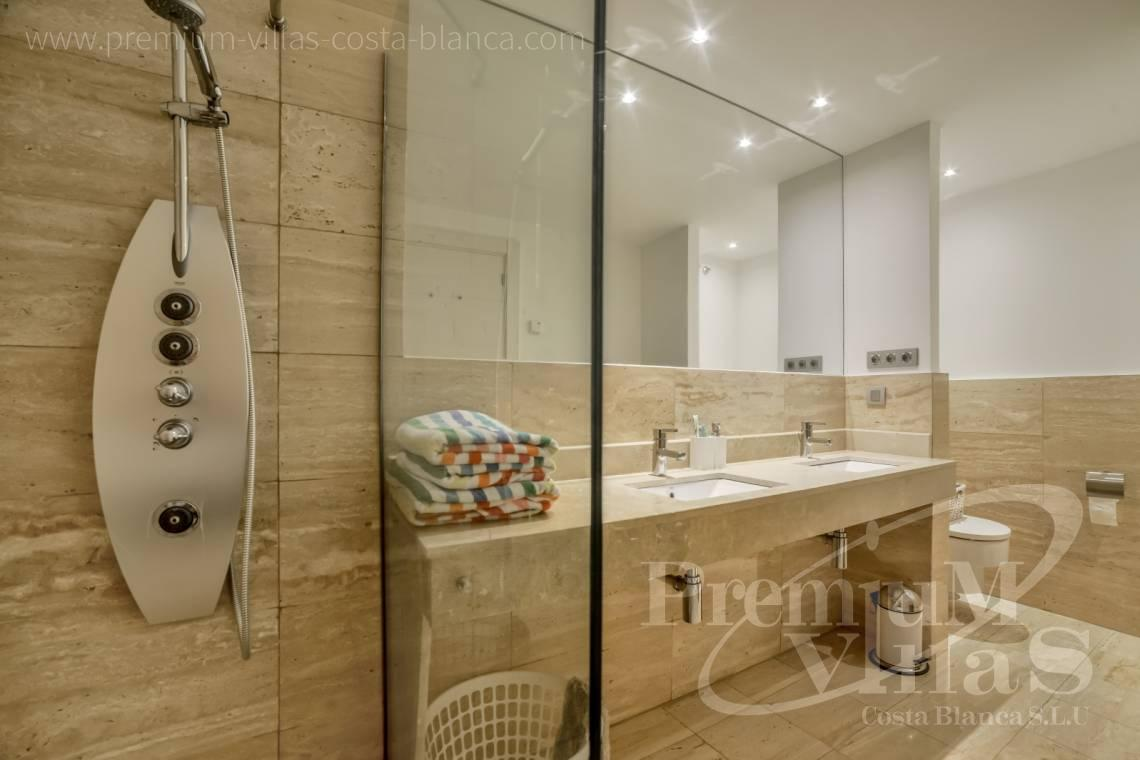 - A0607 - 5 bedroom luxury apartment in residential Mascarat Beach 17