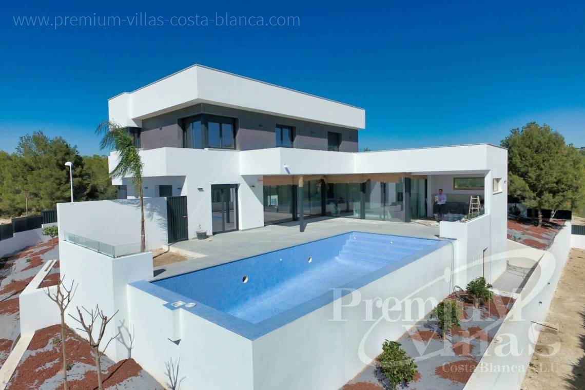 Modern house villa in Calpe Costa Blanca - C2042 - Modern villa for sale in Calpe with nice sea views 1