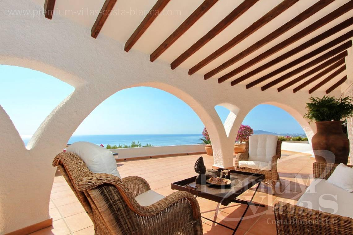 C2012 - Villa with magnificent sea views and 100% privacy 4