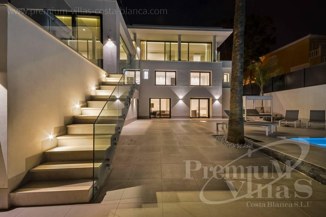 Buy luxury villa in urbanization Panorama in La Nucia Spain - C2010 - Modern villa with large guest apartment 5