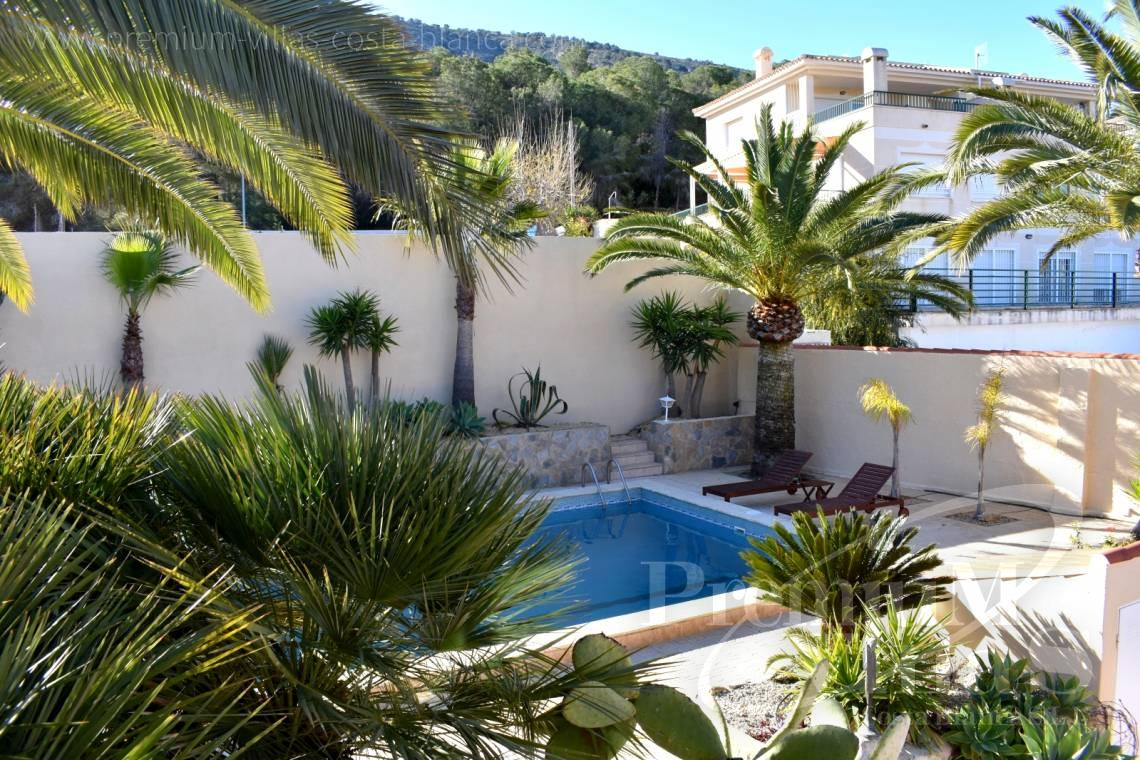 - C2210 - Albir: Completely renovated villa with stunning mountain views. 25