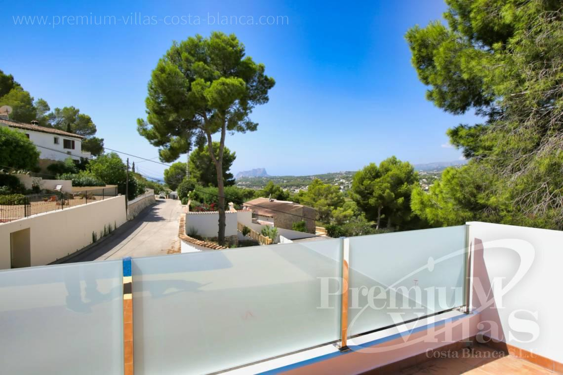 - C2451 - Modern house with sea views in Moraira 5