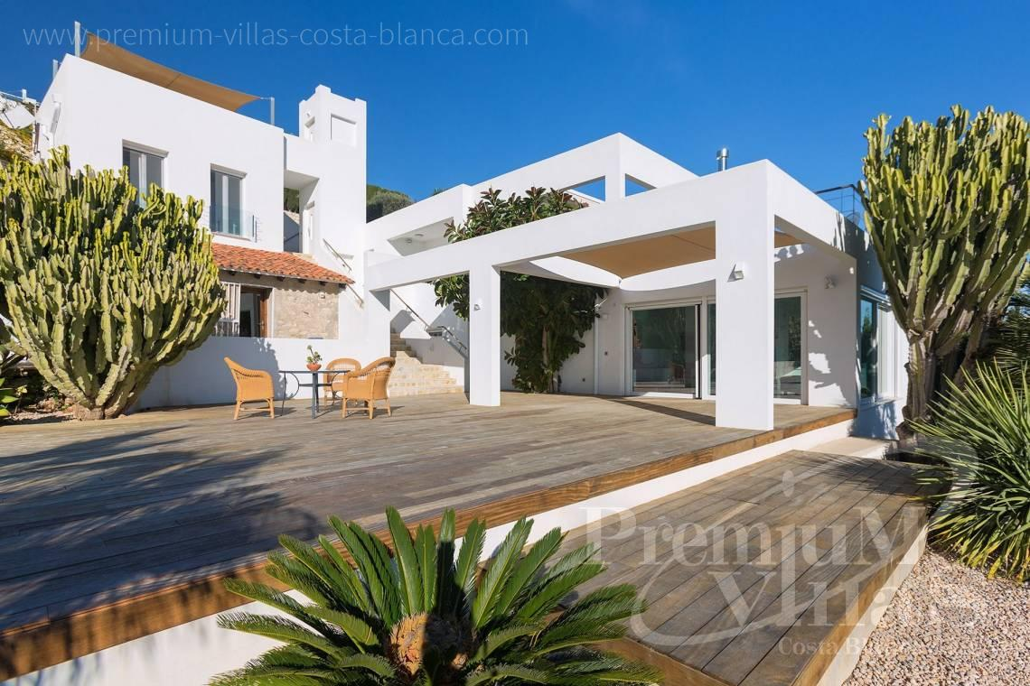 Buy a modern house in Moraira Costa Blanca - CC2385 - Modern villa with panoramic sea views in Moraira 9