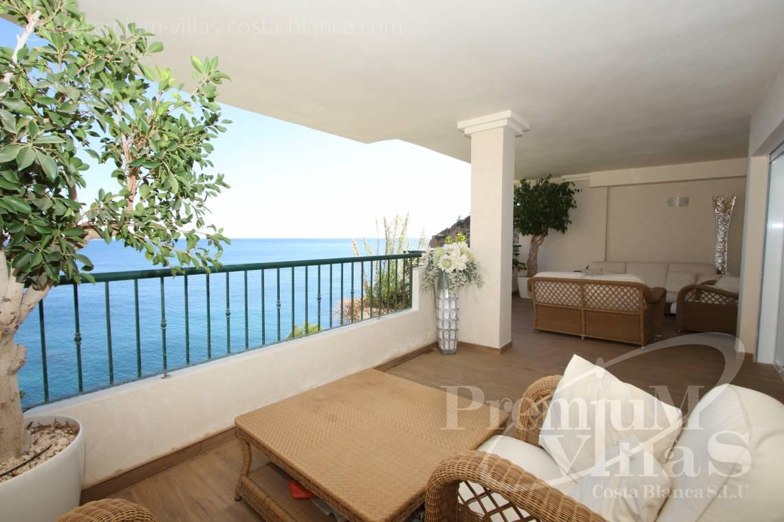 - A0531 - Oasis Beach: Luxurious apartment on the first line of the sea with 2 bedrooms 4
