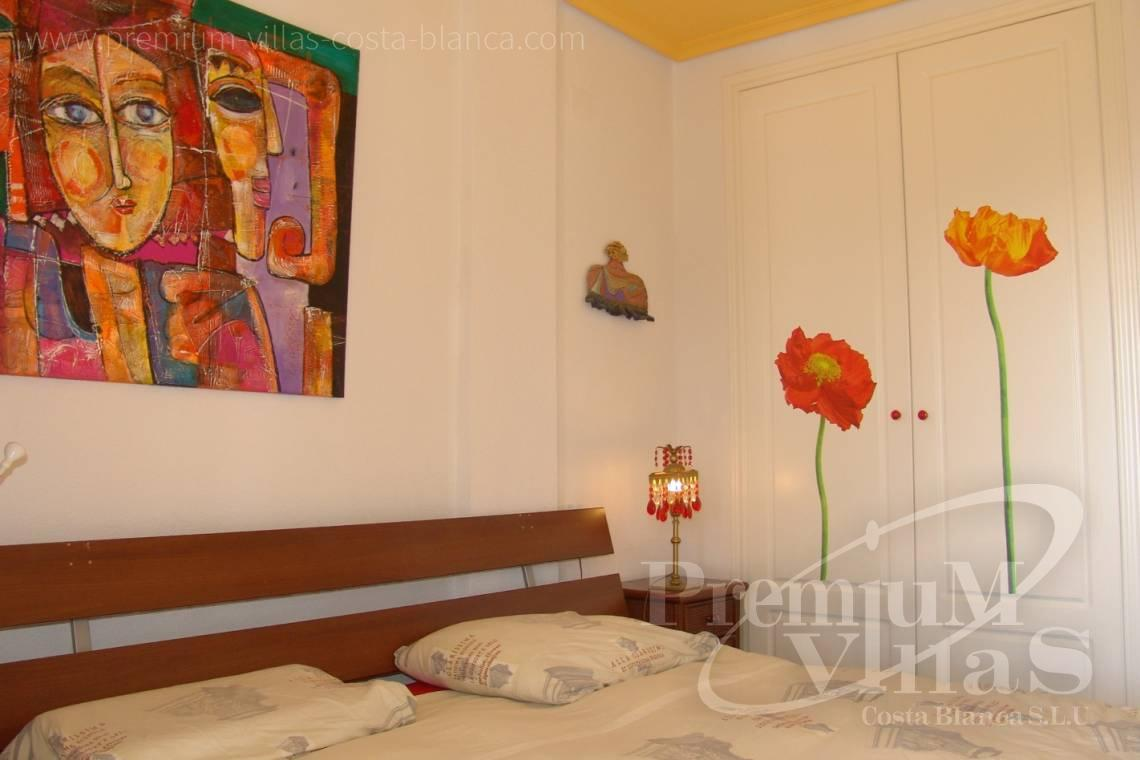 - A0576 - Modern apartment just a few metres from the beach with sea and mountain views 8