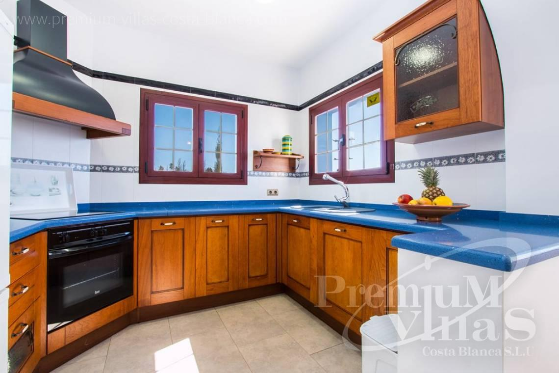 - C2175 - Charming villa in Calpe 500m from the beach, with wonderful sea views 6