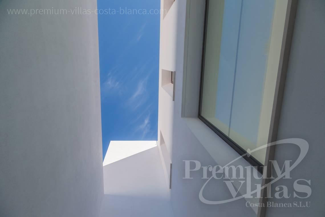 - C2127 - Luxury villa in Moraira 2.5 km from the beach with stunning sea views 8