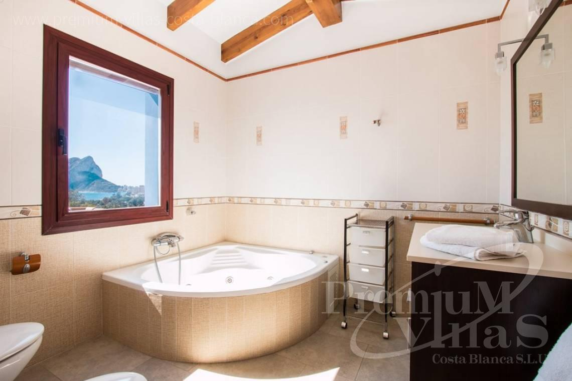 - C2175 - Charming villa in Calpe 500m from the beach, with wonderful sea views 9