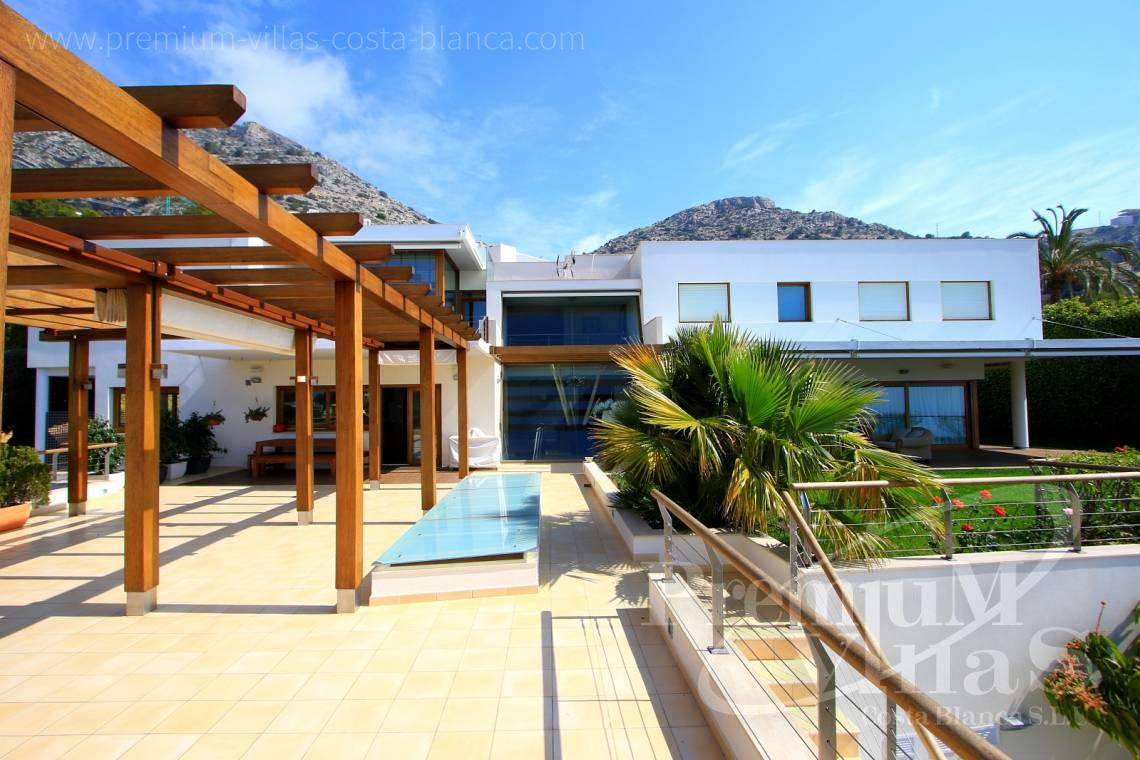 Buy house villa property Altea Hills Costa Blanca - C1899 - Stunning villa on a double plot with fantastic sea views in Altea Hills! 1
