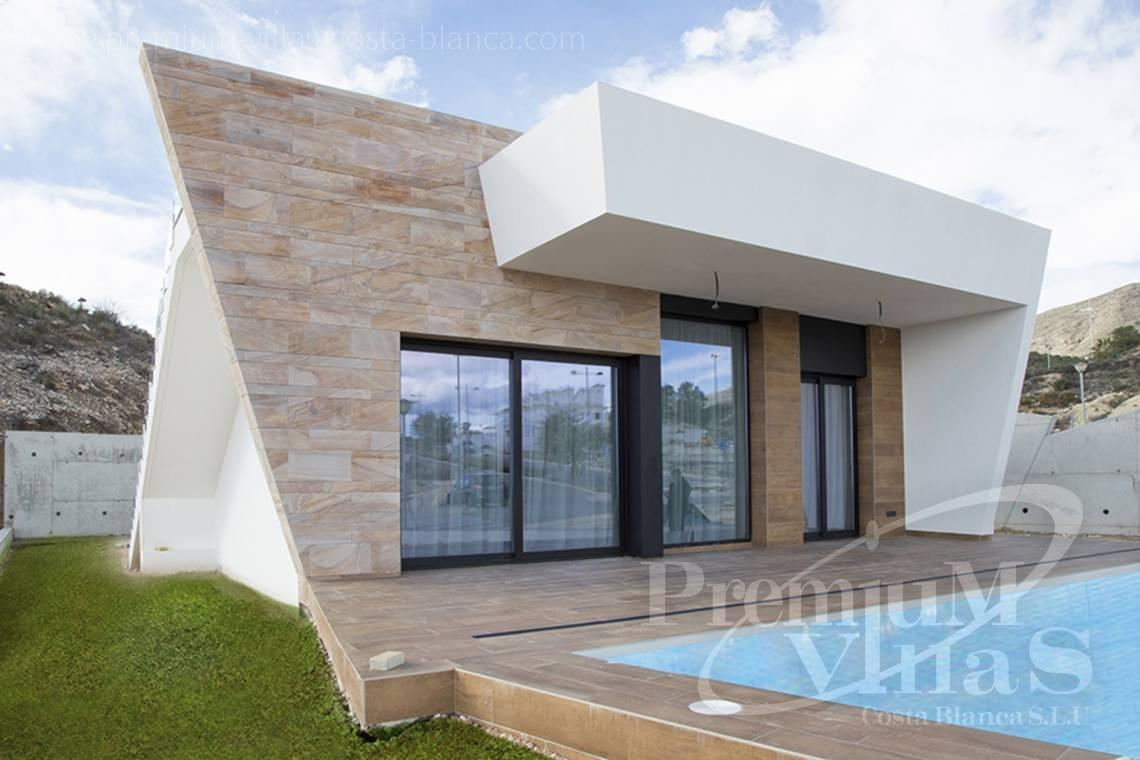 Buy modern villas in Benidorm Spain - C2013 - Modern villas under construction for a very good price! 1