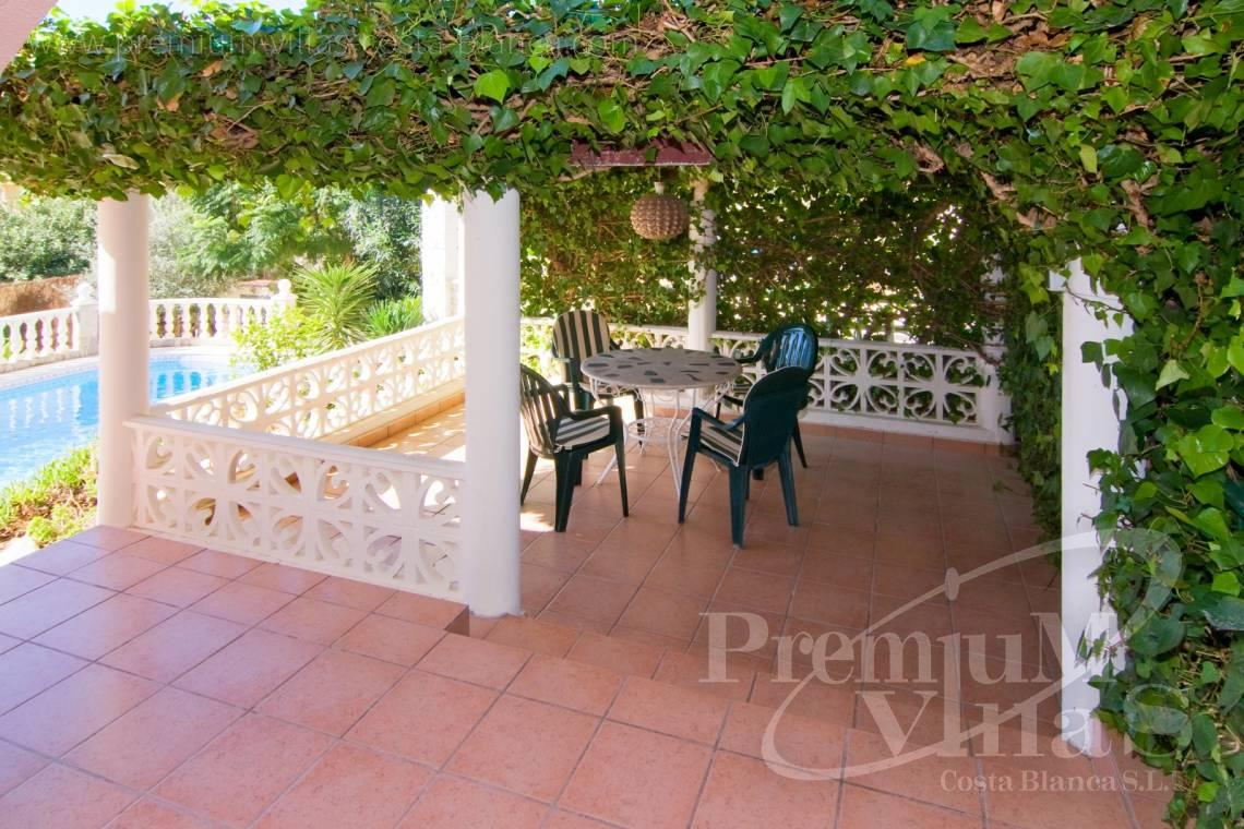 - C2129 - Privately located villa with sea view and beautiful garden in Altea 7