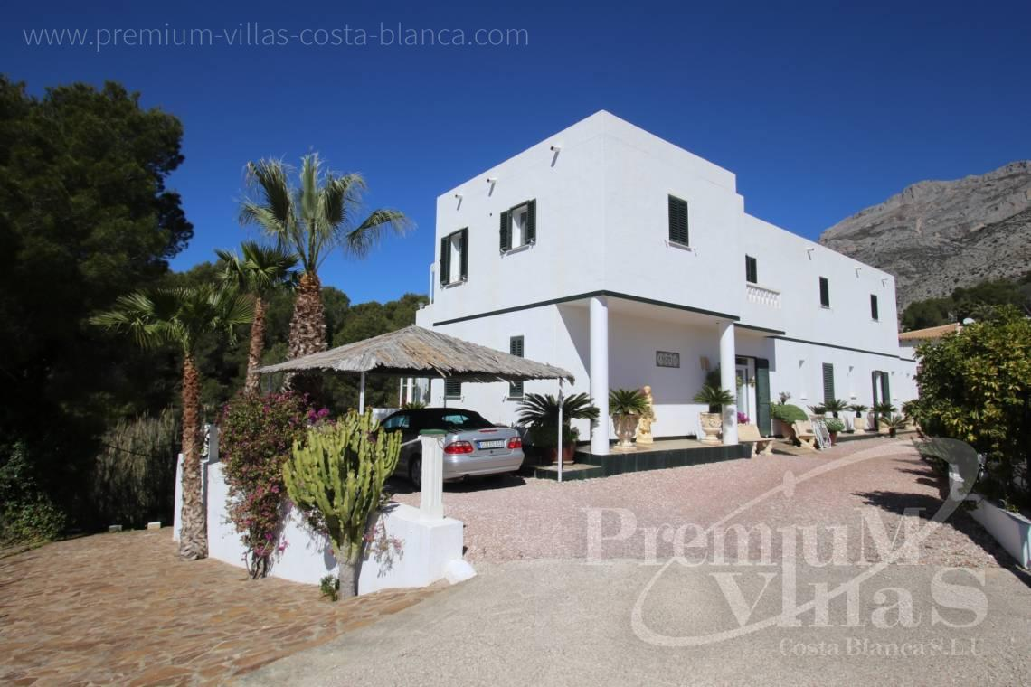 house villa for sale Altea Costa Blanca Spain - C2141 - House in Altea with indoor pool, sauna, lift and guest apartment 1