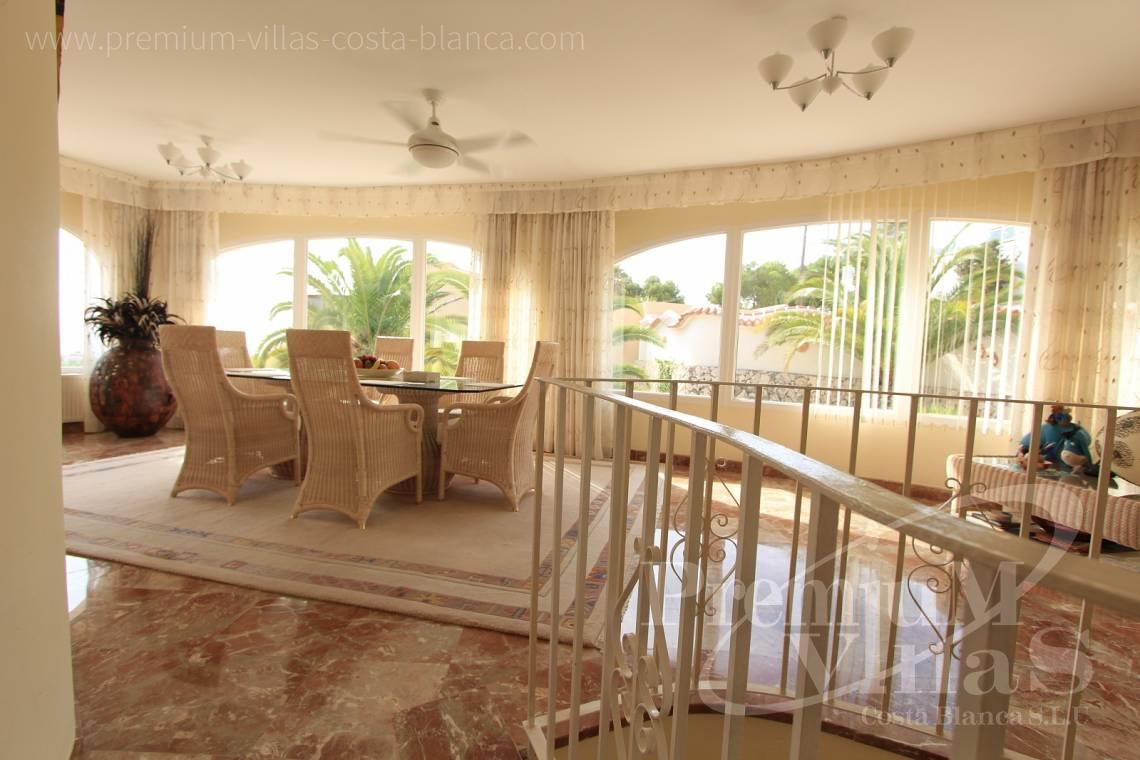 C1984 - Villa for sale close to the beach with a guest apartment and nice sea view 10
