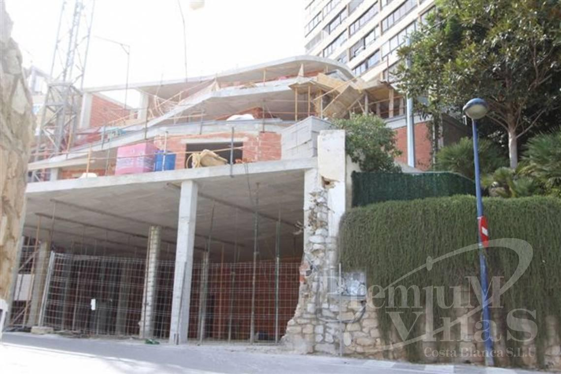 - A0574 - Apartments 30m from the beach with private pool in Benidorm 15