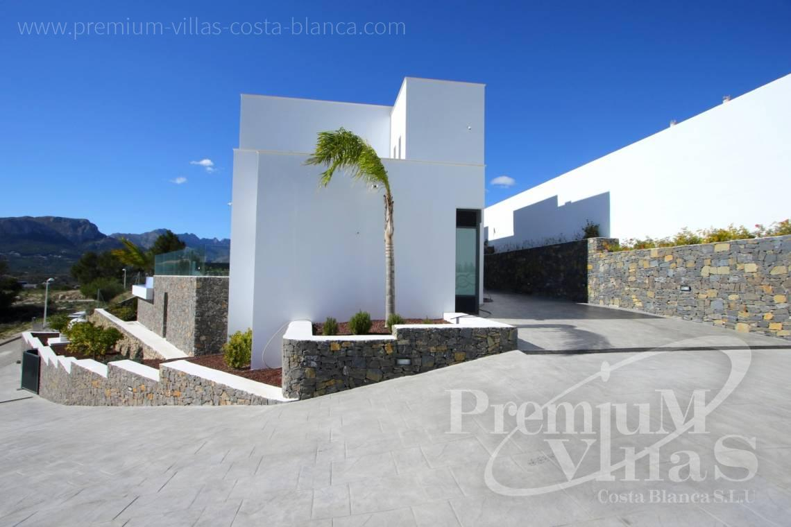 C2015 - Opportunity! Modern Villa for a very good price!!! 10