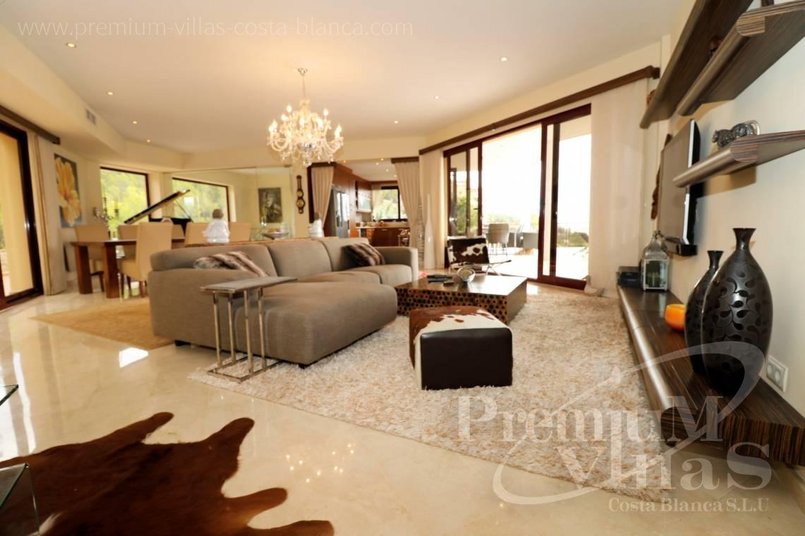- C2237 - Luxury villa in urb. Santa Clara with guest house 8