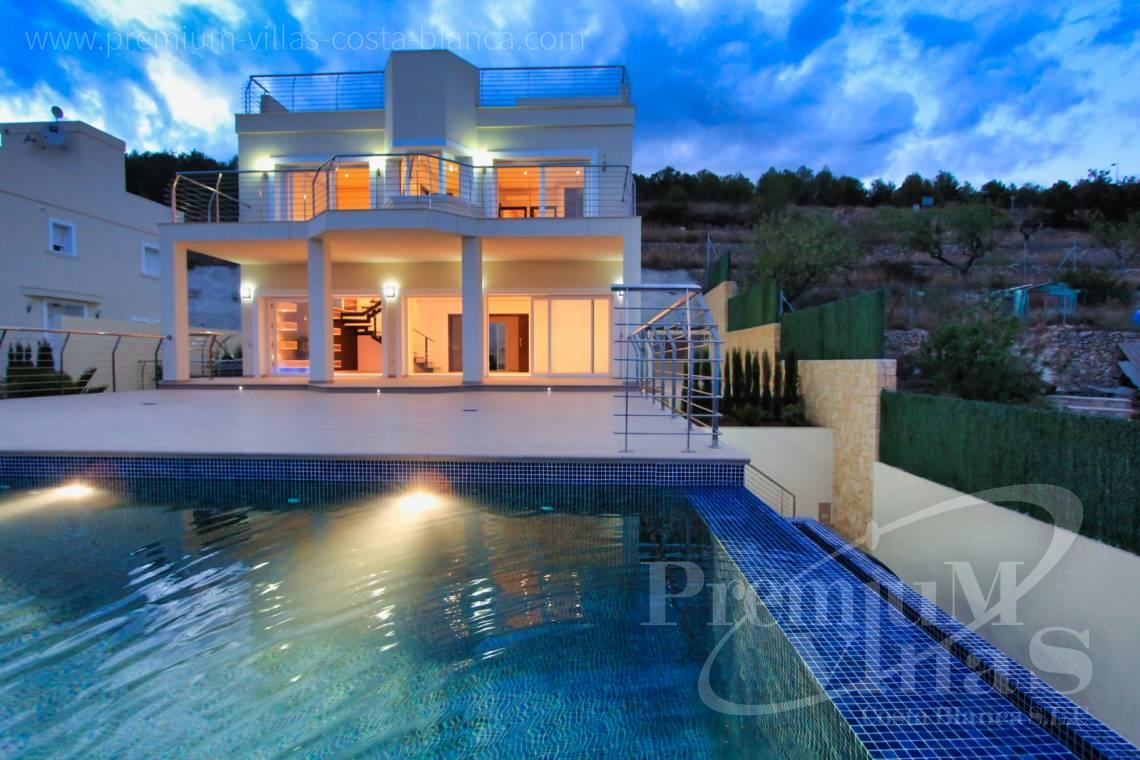 - C1784 - Modern villa with a lift and great sea views in Calpe 1