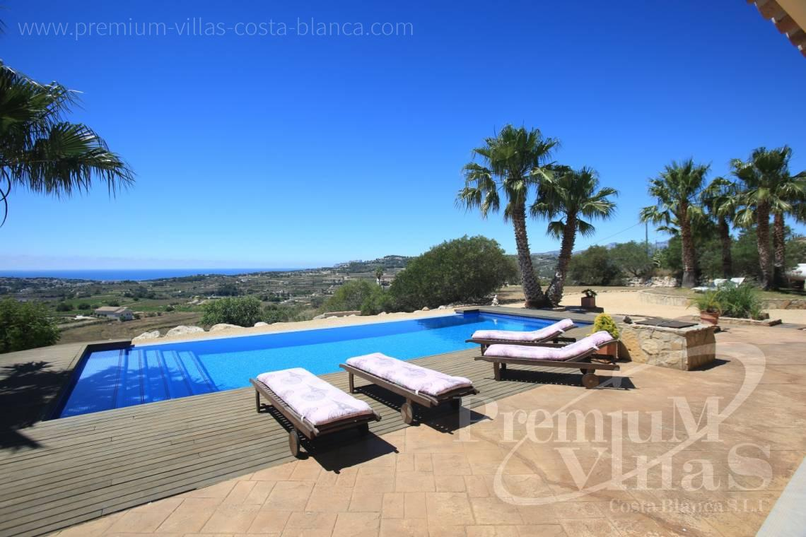 buy house villa Moraira Costa Blanca - C2199 - Moraira: Beautiful villa surrounded by vineyards with beautiful sea views. 2